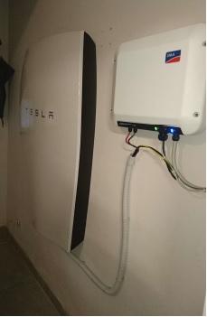 Tesla Powerwall e Sunny Boy Storage