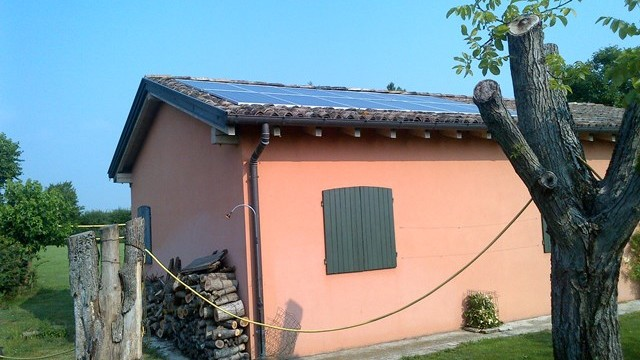 6 kW system with batteries