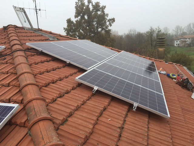 pannelli-fotovoltaici-tetto-complanare-falda