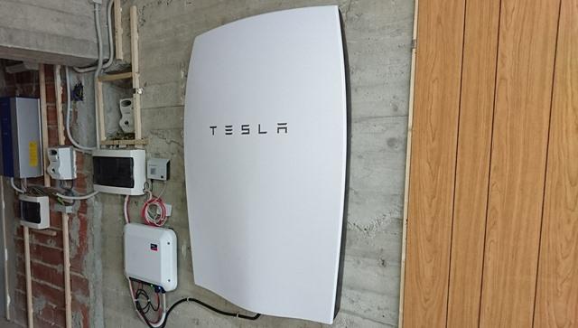 Tesla Powerwall installation (417)