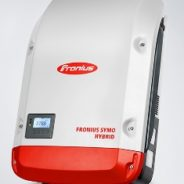 Nuovi inverter Fronius Hybrid trifase con sistema di accumulo