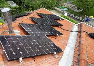 montaggio-fotovoltaico-tetto-residenziale