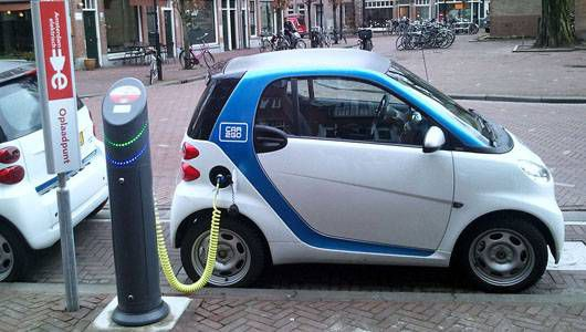 auto-elettrica-batteria-litio