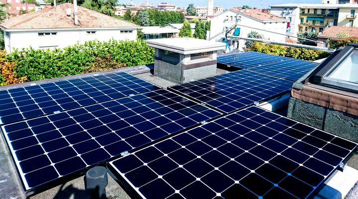 fotovoltaico-Tesla-Powerwall-Parma